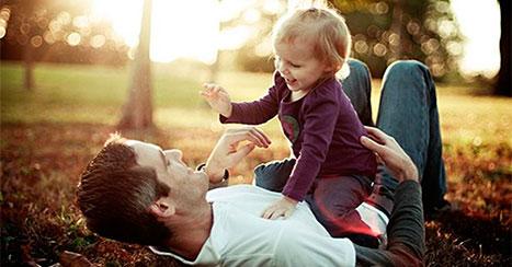 Отец добивается встречи с дочерью после развода